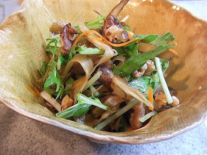 照り焼き鶏ごぼうサラダ