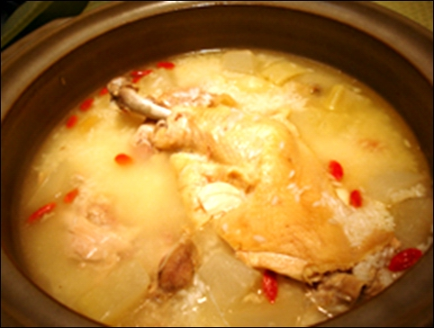 マンナンの参鶏湯(サムゲタン)風