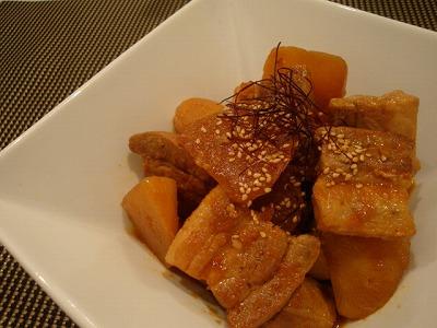 豚バラ肉と大根のコチュジャン煮
