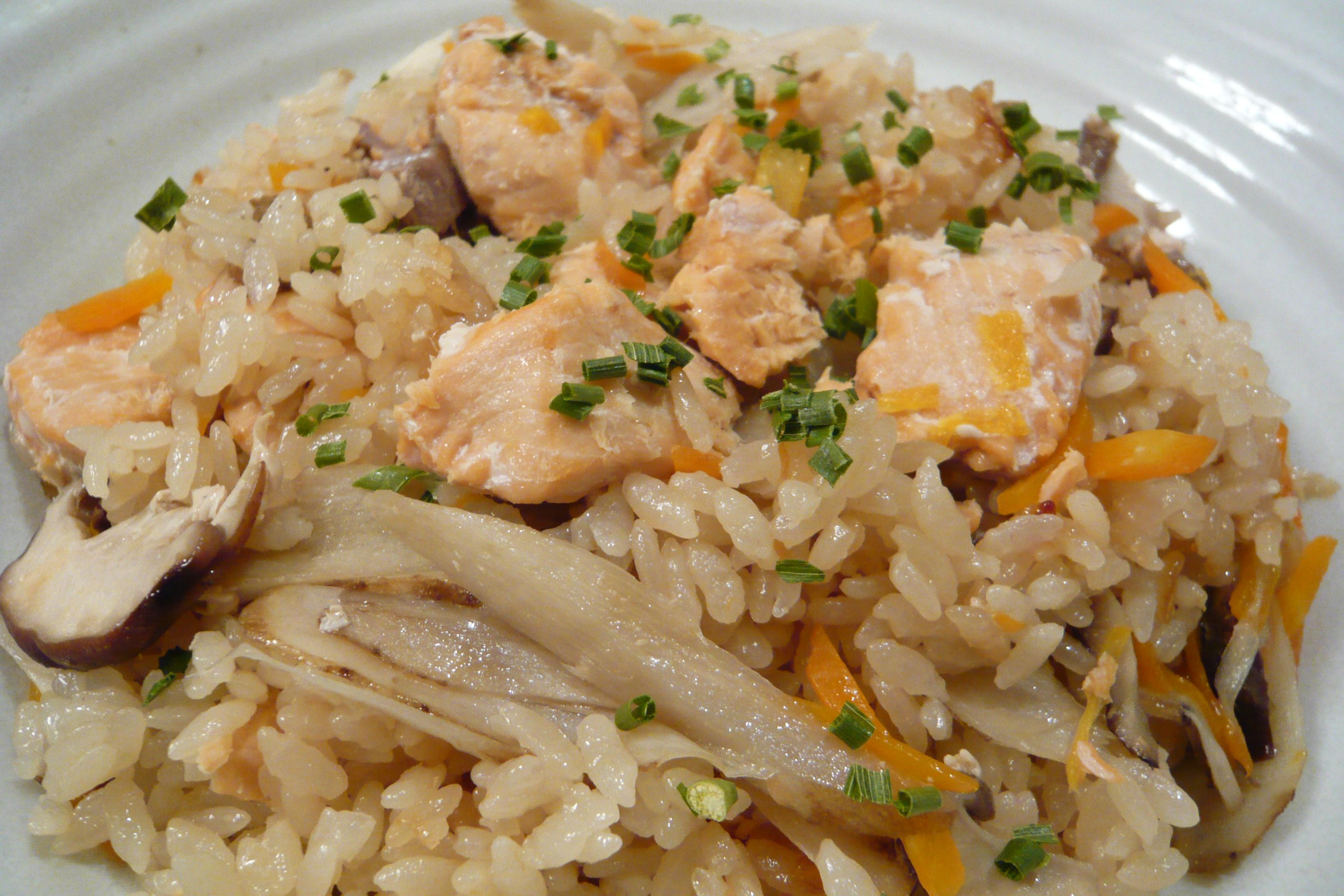 秋鮭の炊き込みご飯中華スタイル