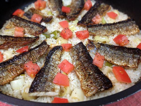 秋刀魚と長ネギのチーズパエリア