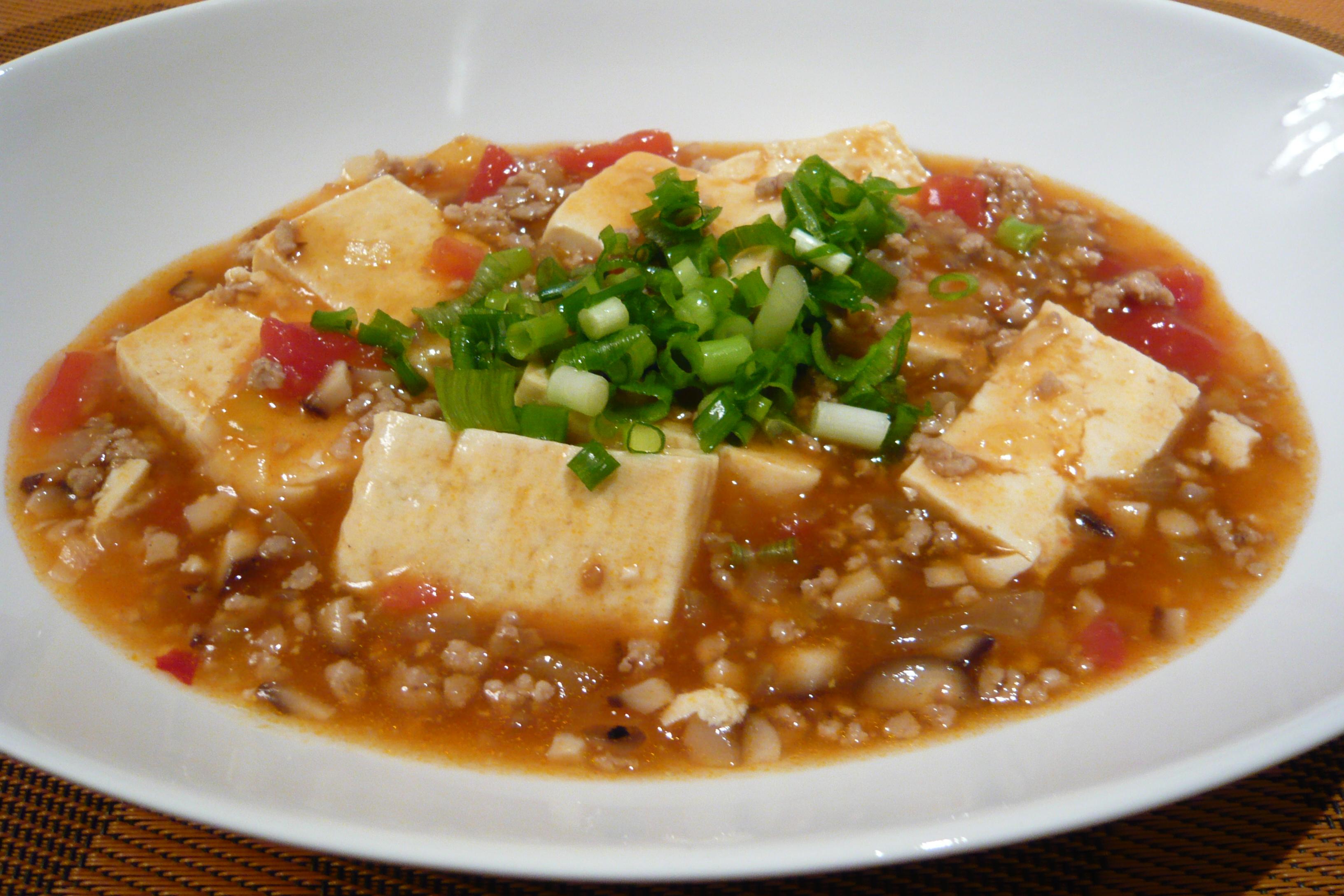 トマトベースの麻婆豆腐