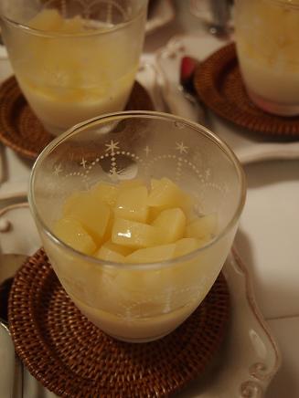 桃のヨーグルトババロア