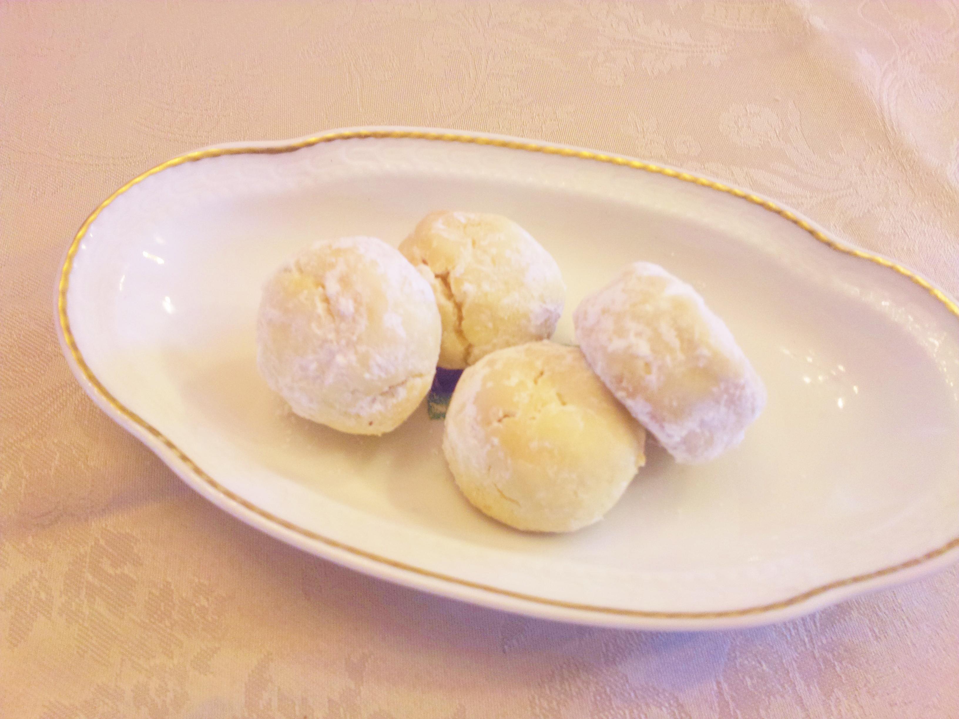 スペインのクリスマス菓子 ポルヴォローネ