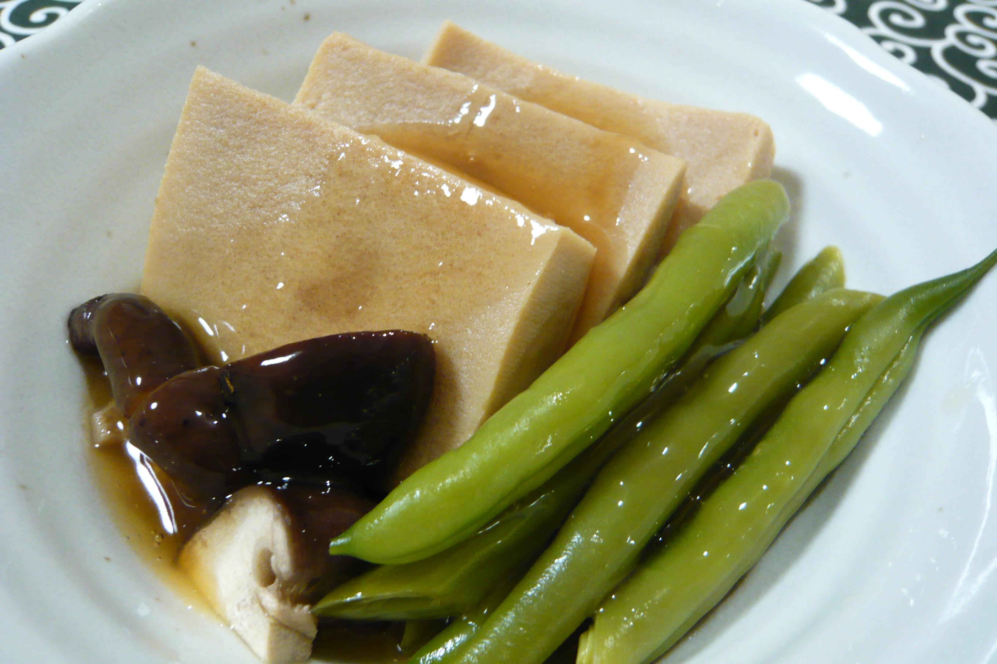 高野豆腐とインゲンのしょう油あんかけ