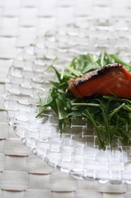 塩麹の焼鮭と水菜のサラダ