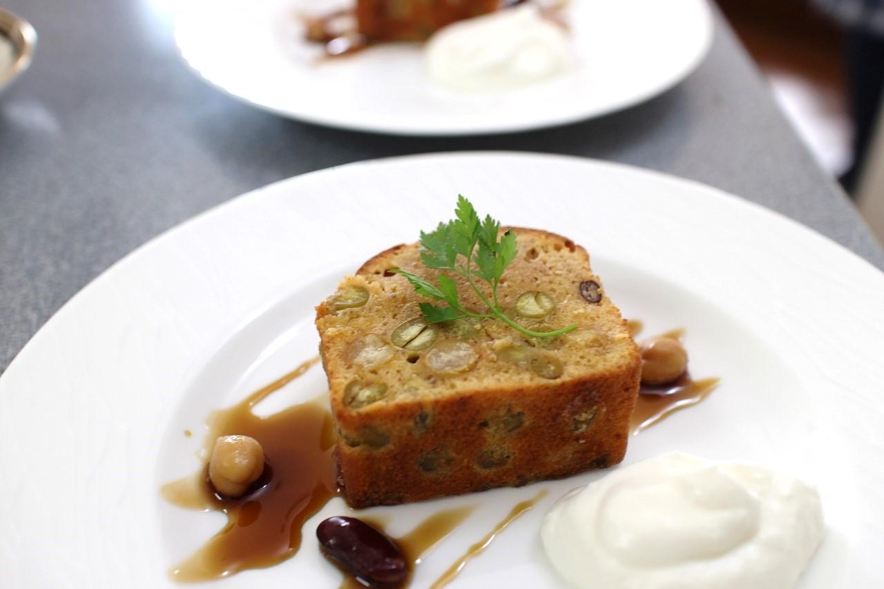 お豆とメープルのパウンドケーキ