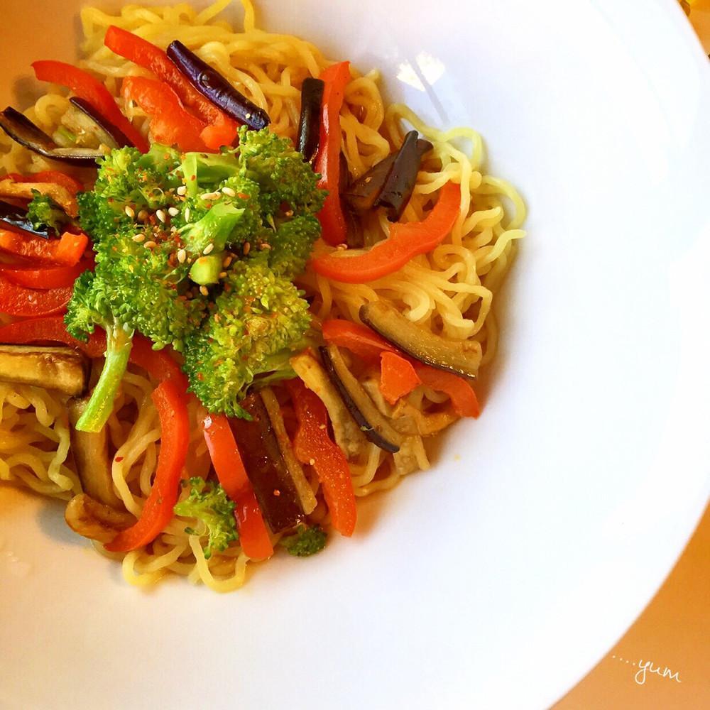 夏野菜♪ナスとブロッコリーの冷やし中華