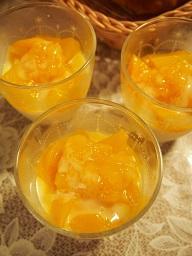マンゴーのミルクプリン