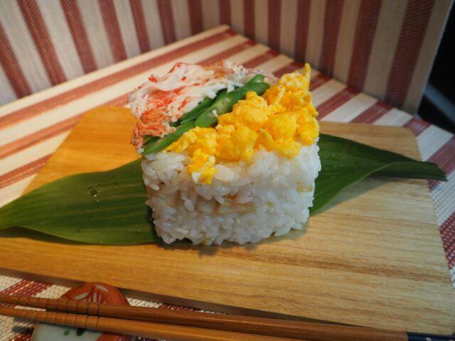 秋の海老菊花押し寿司