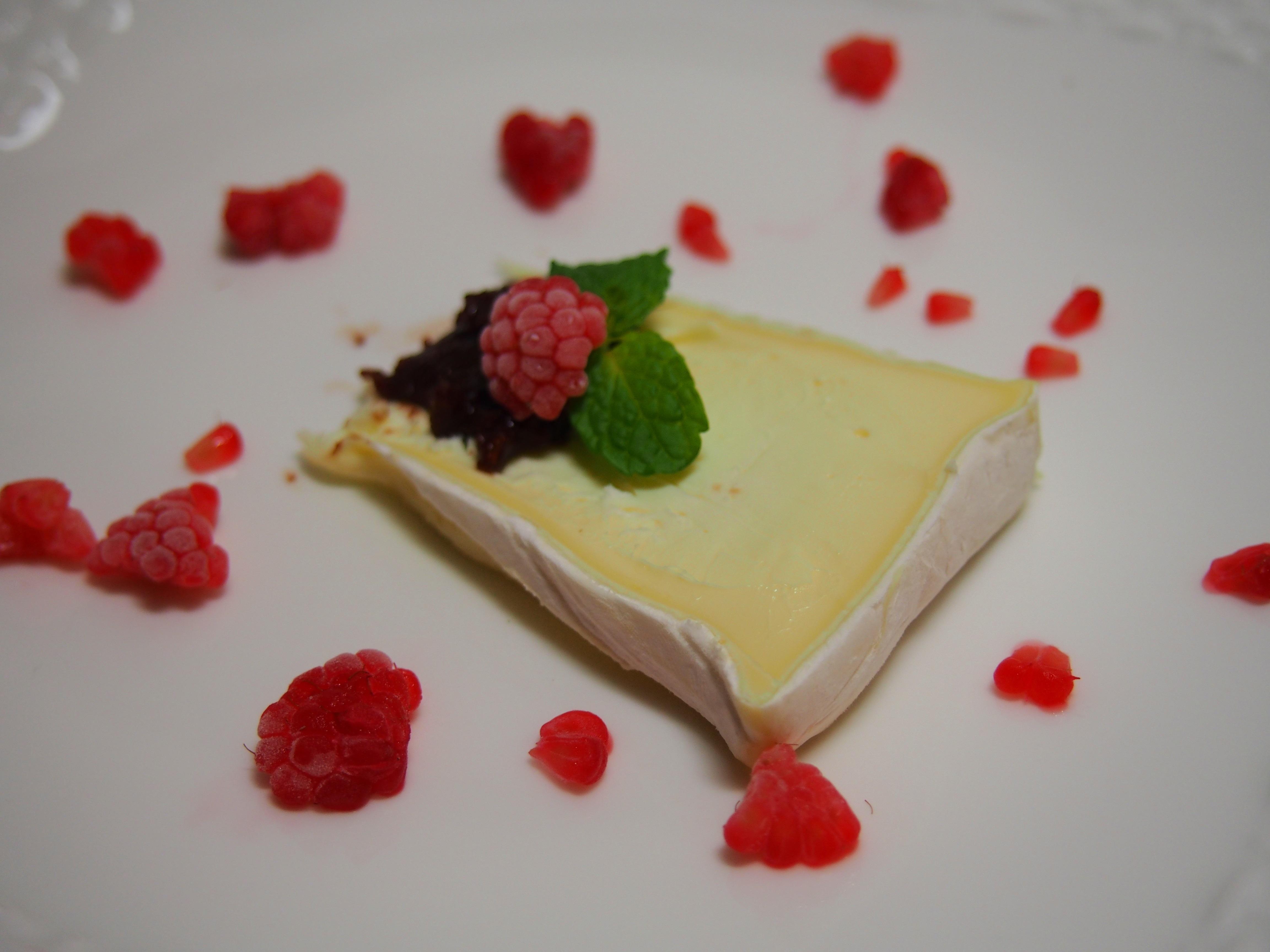 白かびチーズのデザートプレート