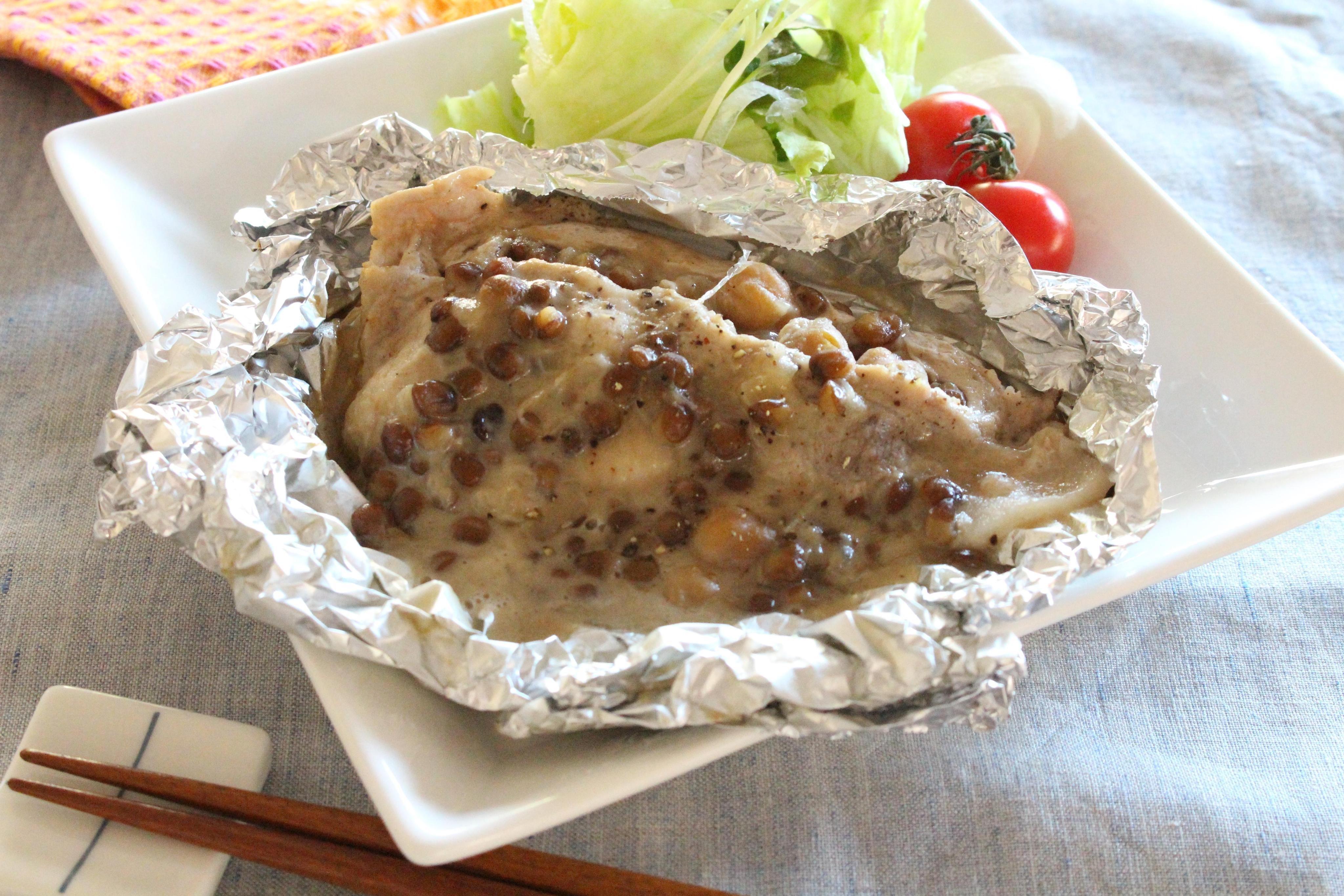 豚肉とダルーラスープのホイル焼き