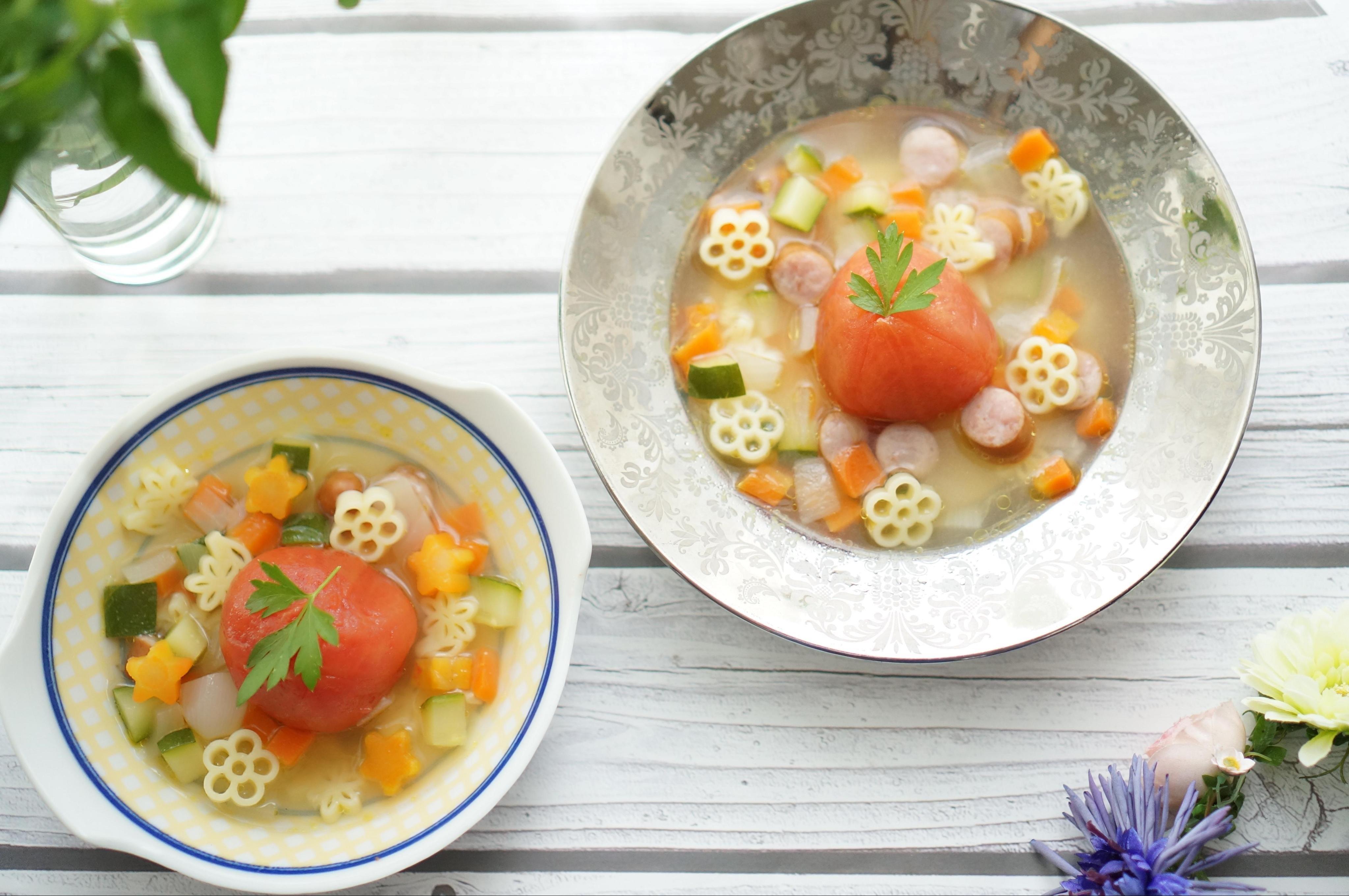 丸ごとトマトのスープパスタ