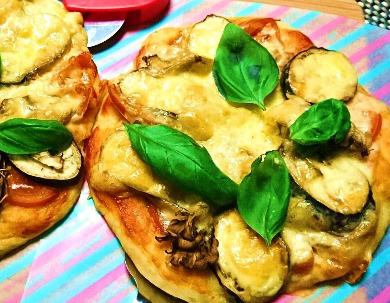 ナスと舞茸の豆腐ピザ