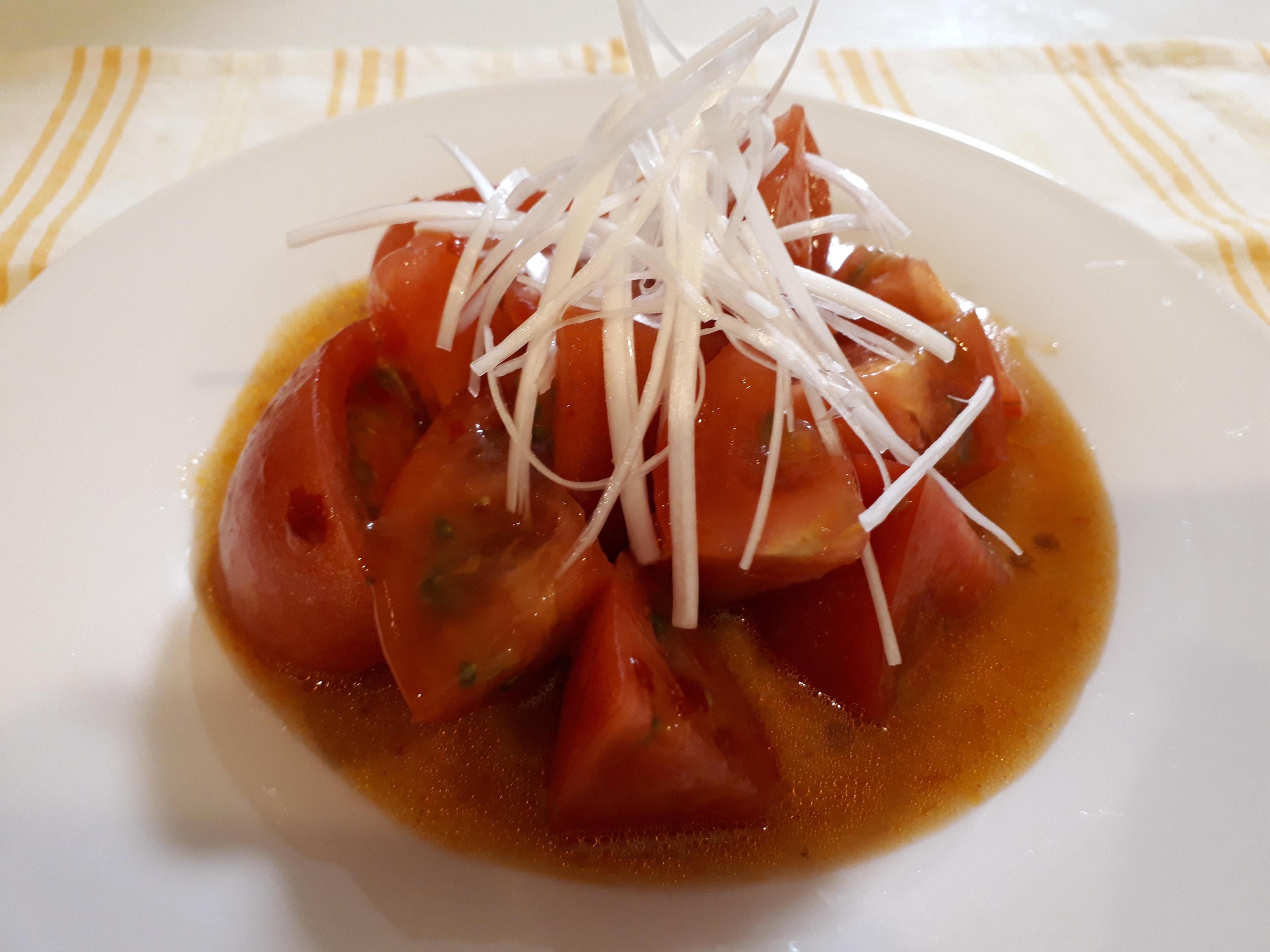 ひんやりトマトのキムチ風味