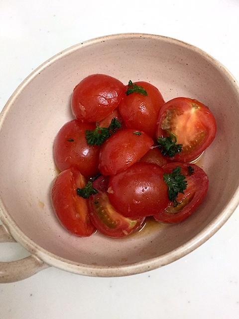 トマトの甘ぴりマリネ